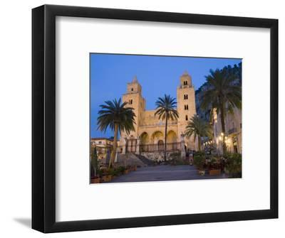 Cathedral, Piazza Duomo in the Evening, Cefalu, Sicily, Italy, Europe