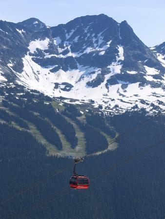 Whistler Blackcomb Peak 2 Peak Gondola, Whistler, British Columbia, Canada, North America by Martin Child