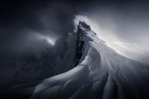 Crown of High Tatras by Martin Dodrv