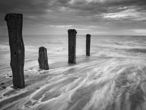 Outward Tide by Martin Henson