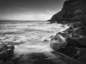 Sea Storm II by Martin Henson