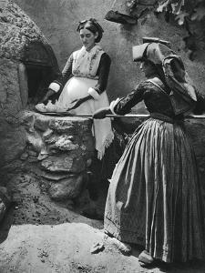 Women at the Oven, Sardinia, Italy, 1937 by Martin Hurlimann