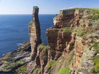 Old Man of Hoy, Orkney islands, Scotland. by Martin Zwick