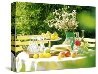 Table with Tablecloth Set