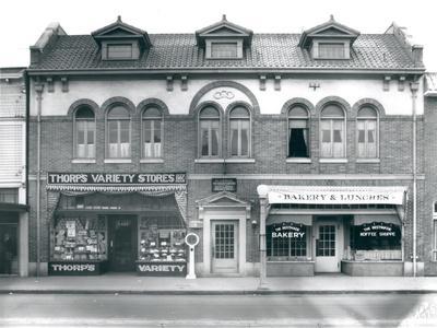 Business Block on South Union Avenue, Tacoma, WA, 1927