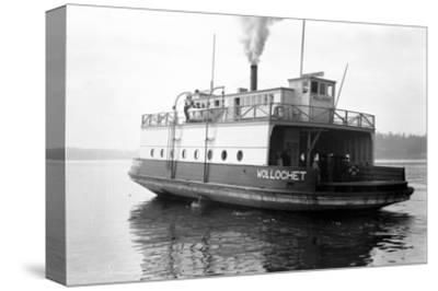 Ferry Wollochet on Puget Sound