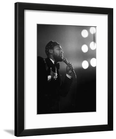 Marvin Gaye - 1974-Norman Hunter-Framed Photographic Print