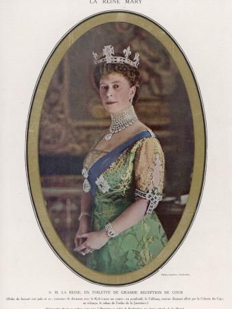 Mary, Queen of George V, Wearing a Crown with the Koh-I-Noor Diamond Set in the Centre--Photographic Print