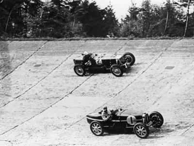 Maserati and Bugatti in Action at Brooklands, Surrey, 1933
