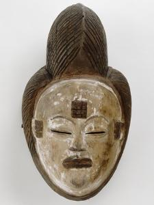 Masque blanc de la belle jeune fille Mukuyi