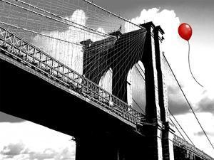 Balloon over Brooklyn Bridge by Masterfunk collective