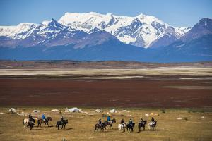 Horse Trek on an Estancia (Farm), El Calafate, Patagonia, Argentina, South America by Matthew Williams-Ellis