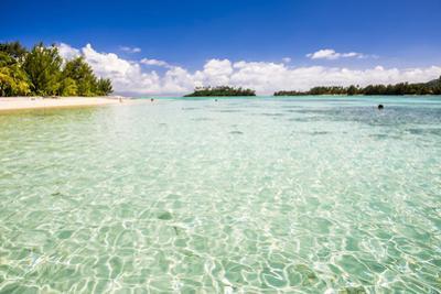 Muri Beach and Motu Taakoka Island in Muri Lagoon, Rarotonga, Cook Islands, South Pacific, Pacific by Matthew Williams-Ellis