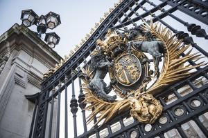 Royal Coat of Arms on the Gates at Buckingham Palace, London, England, United Kingdom, Europe by Matthew Williams-Ellis