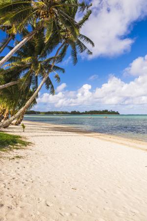 White Sands of Muri Beach, Muri, Rarotonga, Cook Islands, South Pacific, Pacific by Matthew Williams-Ellis