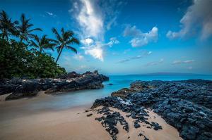 Maui'S Secret Cove Under Stars