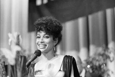 Debbie Allen, 1983
