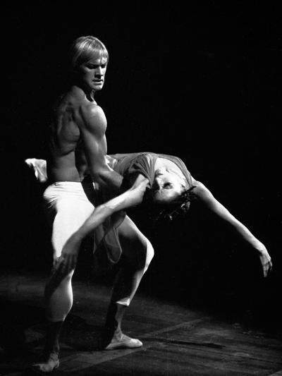 Maya Plisetskaya and Alexander Godunov in the Ballet the Death of the Rose by Gustav Mahler, 1974--Photographic Print