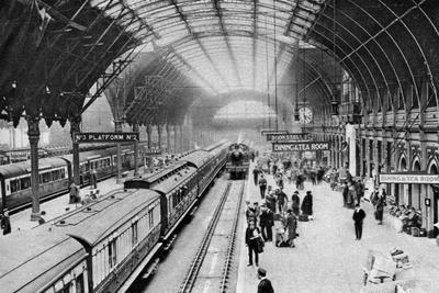 Paddington Station, London, 1926-1927