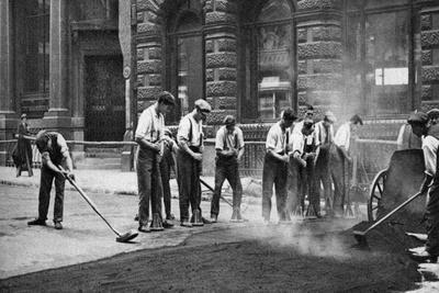 Workmen Laying Tar and Asphalt in Cornhill, London, 1926-1927