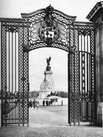 Wought-Iron Gates, Buckingham Palace, London, 1926-1927