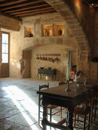 https://imgc.artprintimages.com/img/print/medieval-kitchen-chateau-de-pierreclos-burgundy-france_u-l-p3vrgj0.jpg?p=0