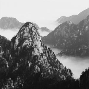 Mount Huangshan 10 by Mel Hwang