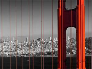 Golden Gate Bridge Panoramic View by Melanie Viola