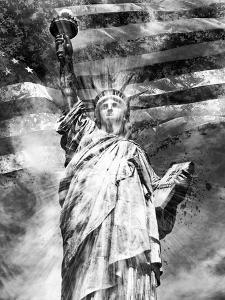 Statue Of Liberty by Melanie Viola