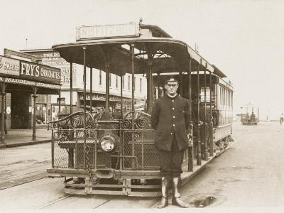 Melbourne Cable Tram and Driver--Photographic Print