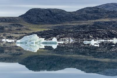 Melting Icebergs, Repulse Bay, Nunavut Territory, Canada-Paul Souders-Photographic Print