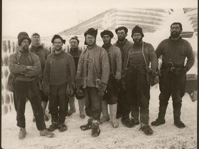 Members of Scott's Expedition Team-Herbert Ponting-Photographic Print