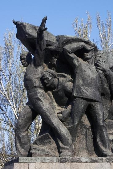Memorial to Mutinous Sailors of Battleship Potemkin, Who Supported Workers' Revolt of 1905--Giclee Print