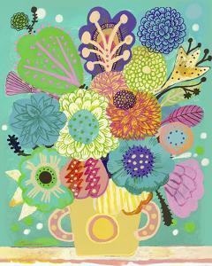 Green Vase by Mercedes Lagunas
