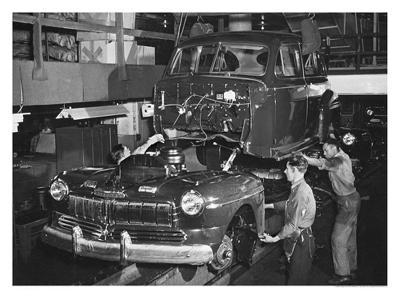 Mercury Automobile Assembly Line, 1946--Giclee Print
