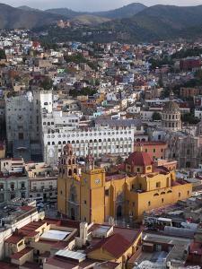 El Pipila Scenic Viewpoint, Guanajuato, Mexico by Merrill Images