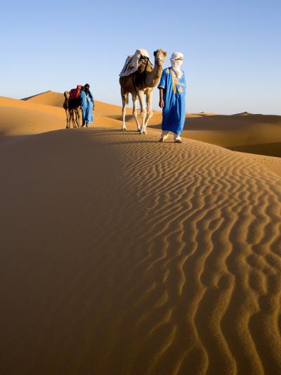 Merzouga, Erg Chebbi, Sahara Desert, Morocco-Gavin Hellier-Photographic Print