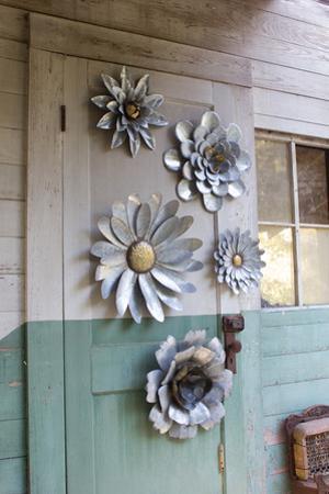 Metal Wall Flower Set