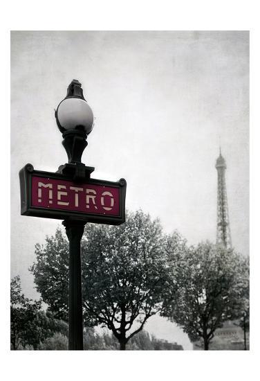Metro Catching-Tracey Telik-Art Print