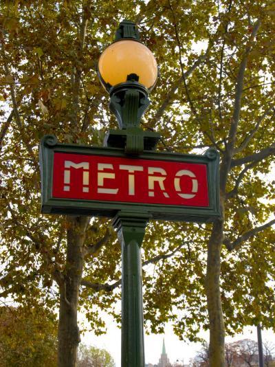 Metro, Paris, France-Lisa S^ Engelbrecht-Photographic Print