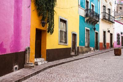 Mexico, Guanajuato, Quiet Street in Guanajuato-Hollice Looney-Photographic Print