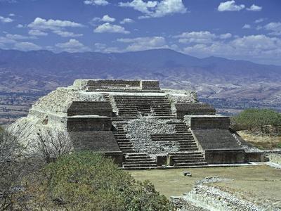 https://imgc.artprintimages.com/img/print/mexico-oaxaca-state-monte-alban-archaeological-site-zapotec-civilization-building-m_u-l-pounbo0.jpg?p=0