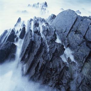 Rock Formation in Fog by Micha Pawlitzki