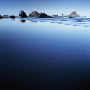 Sea Stacks on Beach by Micha Pawlitzki