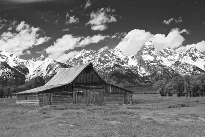 Thomas Moulton Barn