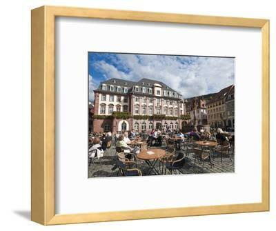 The Marktplatz (Market Square) and Town Hall, Old Town, Heidelberg, Baden-Wurttemberg, Germany, Eur