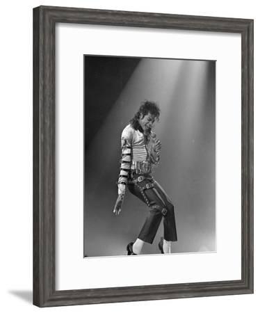 Michael Jackson--Framed Premium Photographic Print