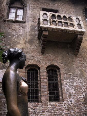 Sculpture of Juliet, Verona, Veneto, Italy