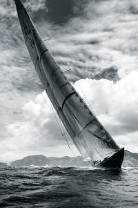 Velsheda by Michael Kahn