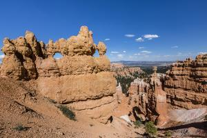 View of hoodoo formations from the Navajo Loop Trail in Bryce Canyon National Park, Utah, United St by Michael Nolan